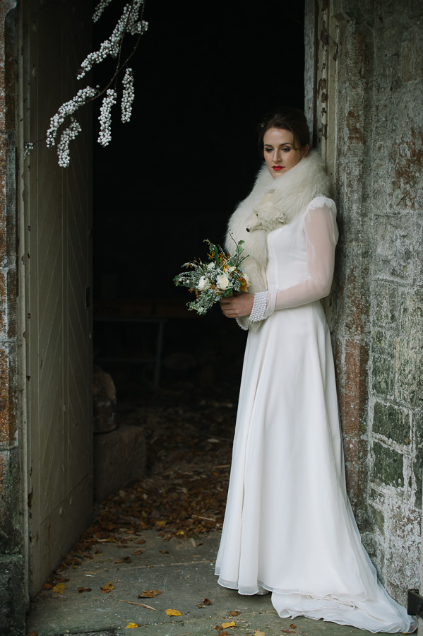winter-wedding-styled-shoot-22-of-50