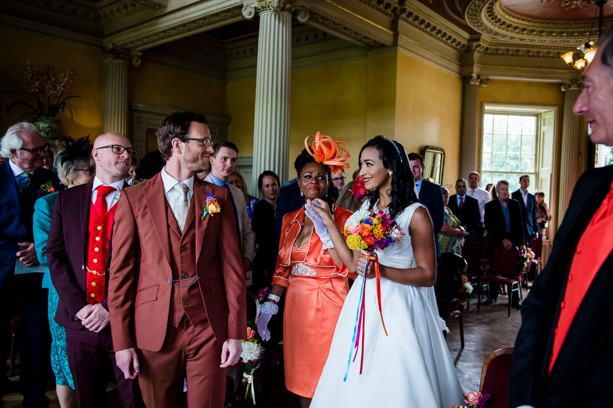 wedding-photography-at-hampton-court-house