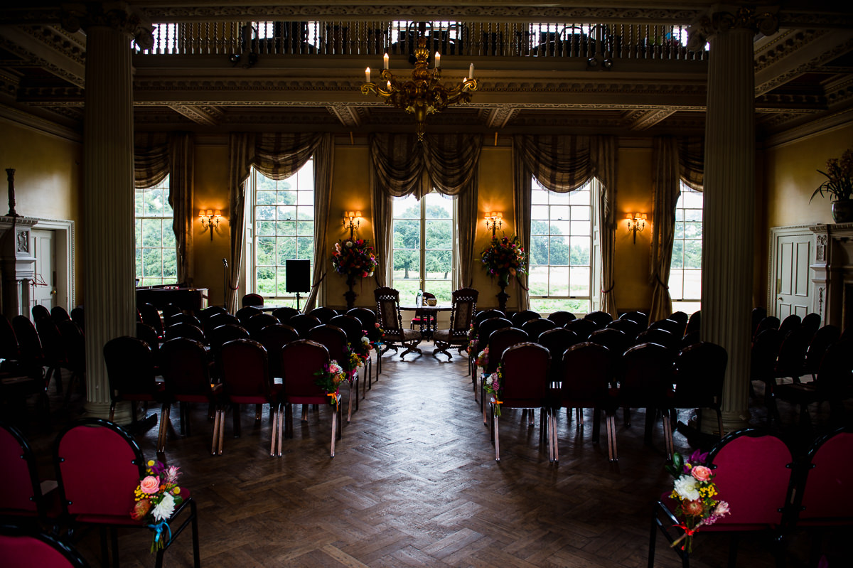 summer-weddings-at-hampton-court-house