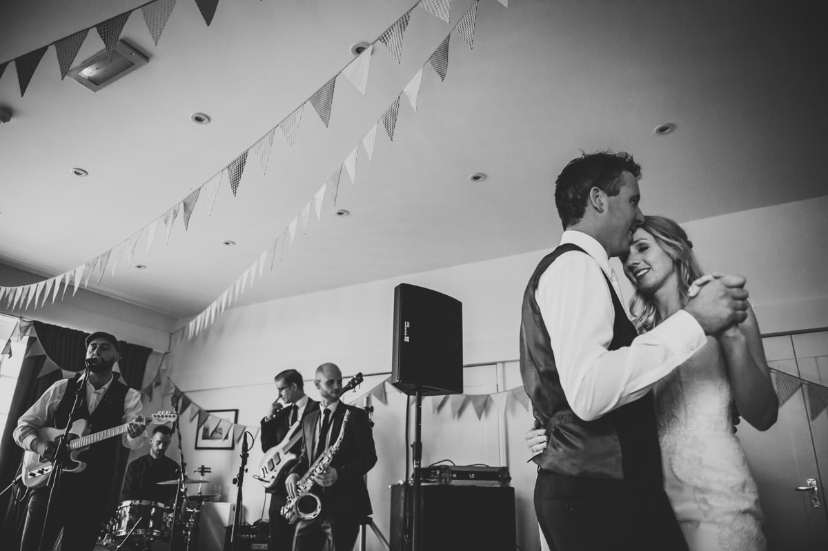 Itchenor Sailing Club summer wedding