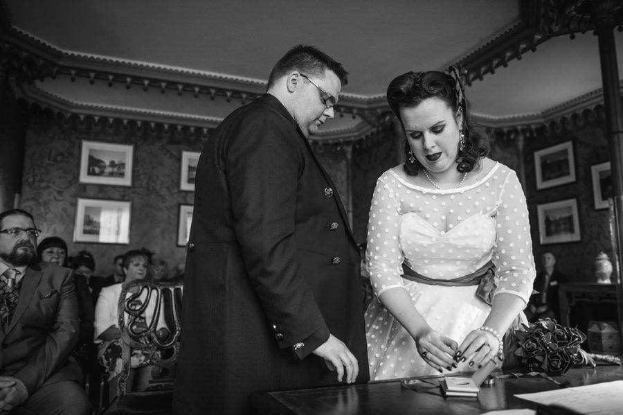 LIZ & SIMON WEDDING 31.10.15 (126 of 533)