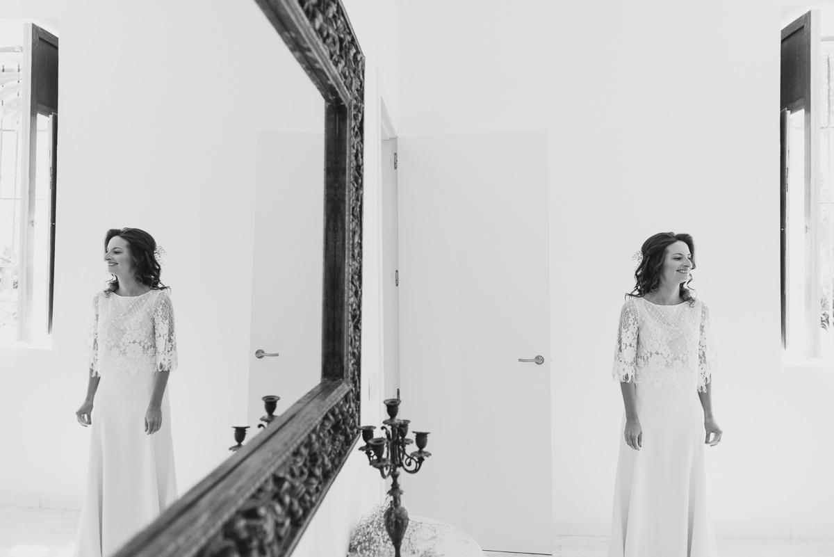 Bride ready to get married at her casa santonja wedding